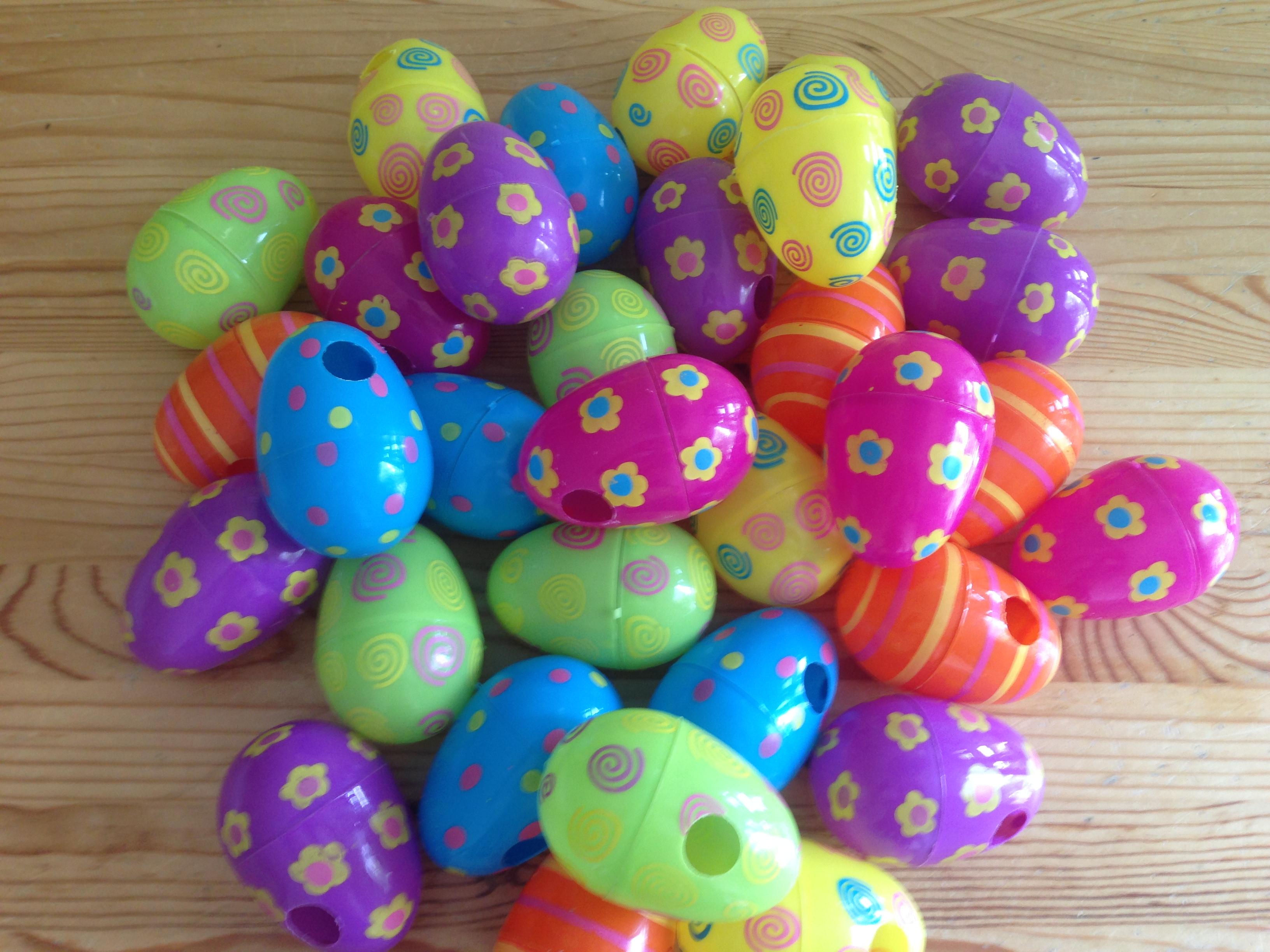 Foraging eggs